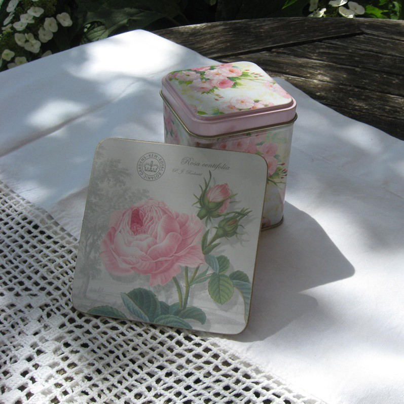 Poháralátét készlet antik rózsás
