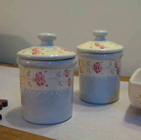 Kerámia, kék rózsás cukor/tea/kávé tartó
