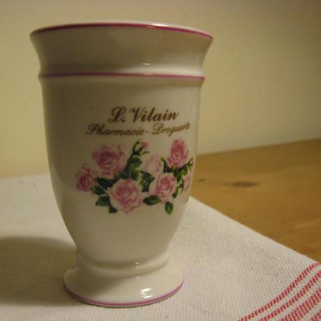 Rózsás kerámia pohár