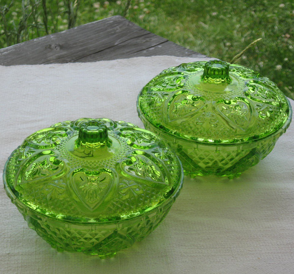 Üveg bonboniere zöld