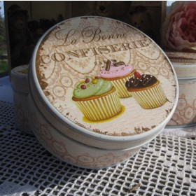 Süteményes doboz nagy