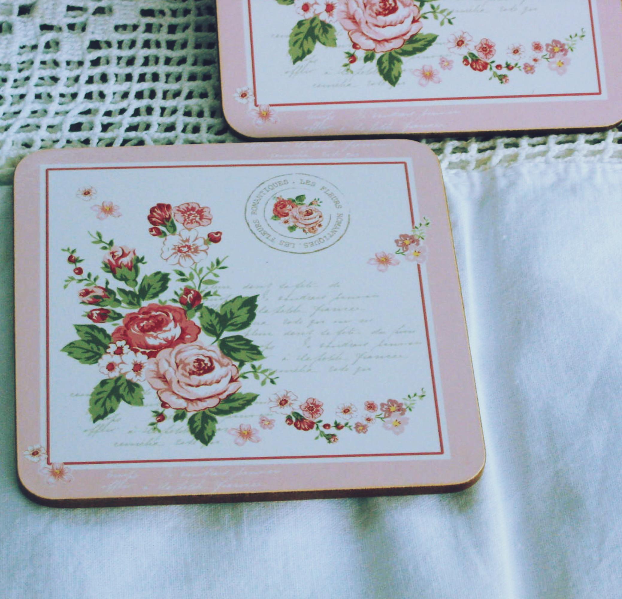 Asztali poháralátét romantikus rózsás