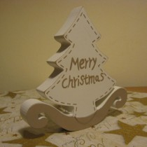 Fehér festett karácsonyfácska